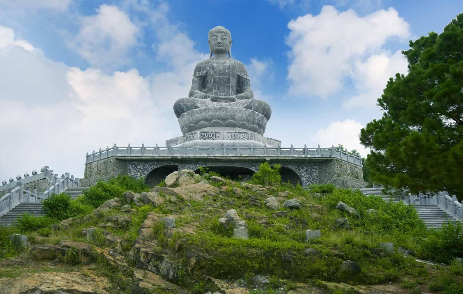 Tượng Phật A Di Đà Chùa Phật Tích