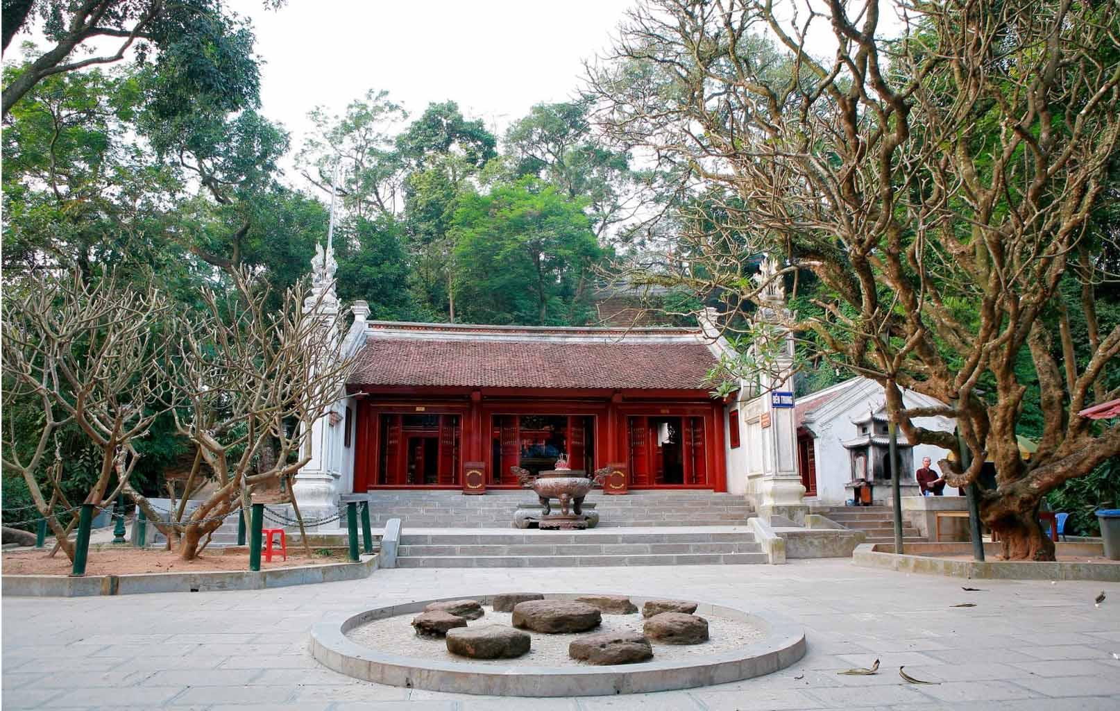 Đền Trung