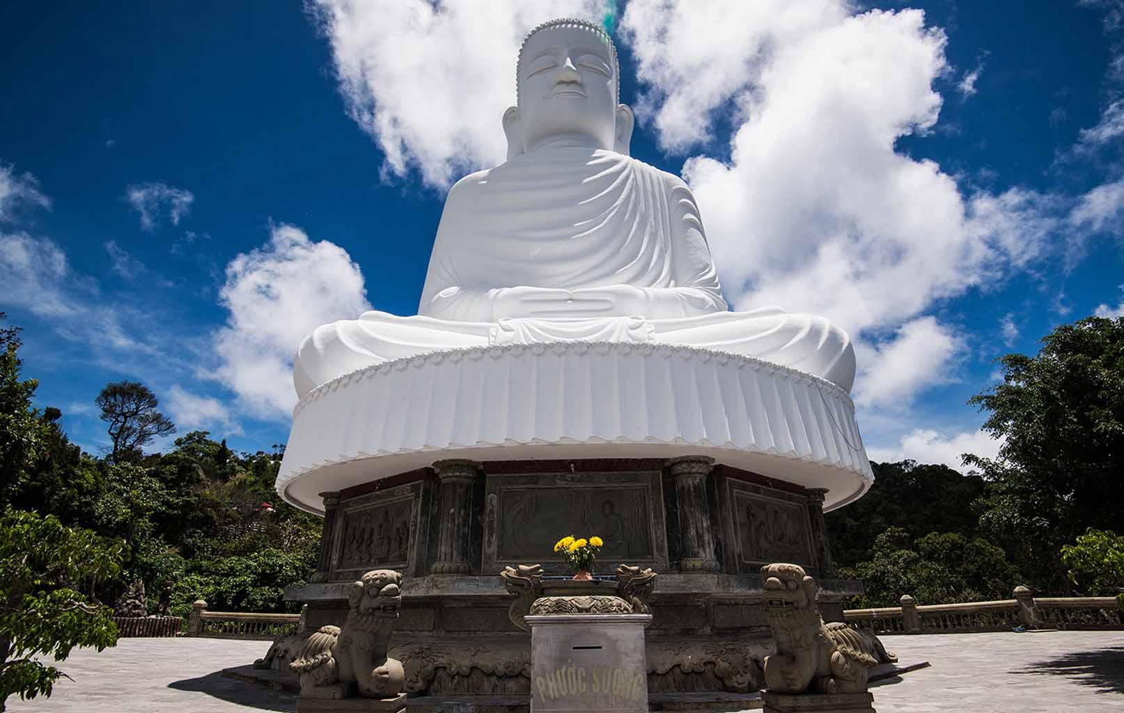 Thích Ca Phật Đài - Chùa Linh Ứng Bà Nà Hill