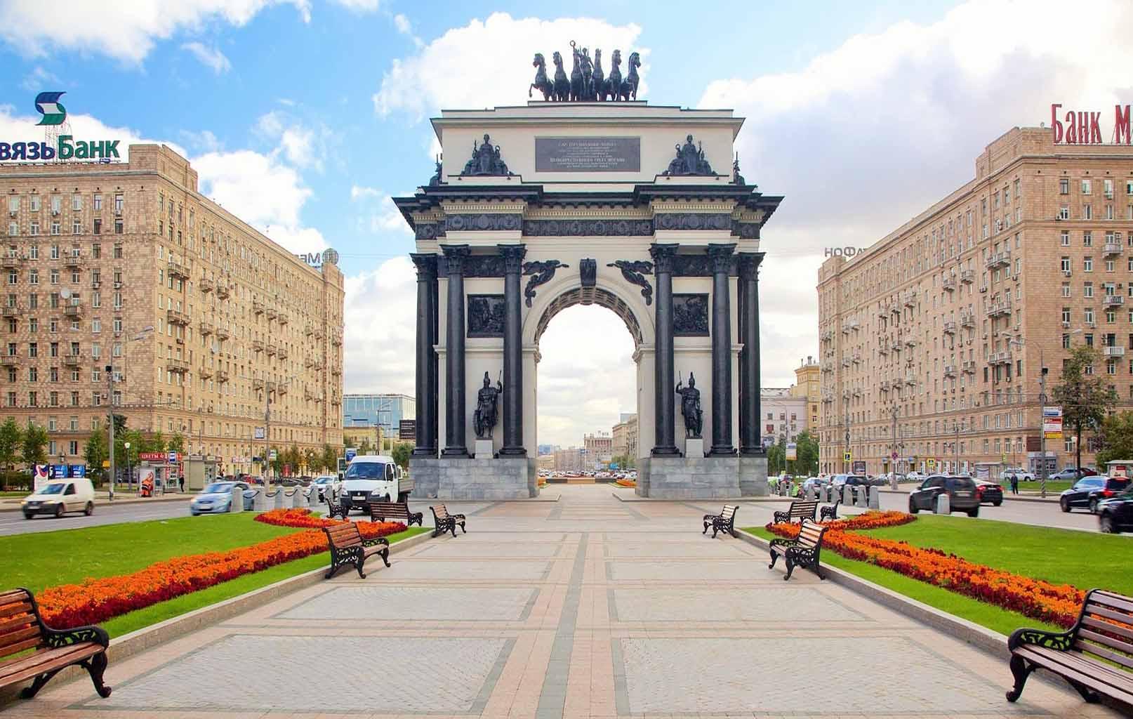 Cổng Khải Hoàn Môn