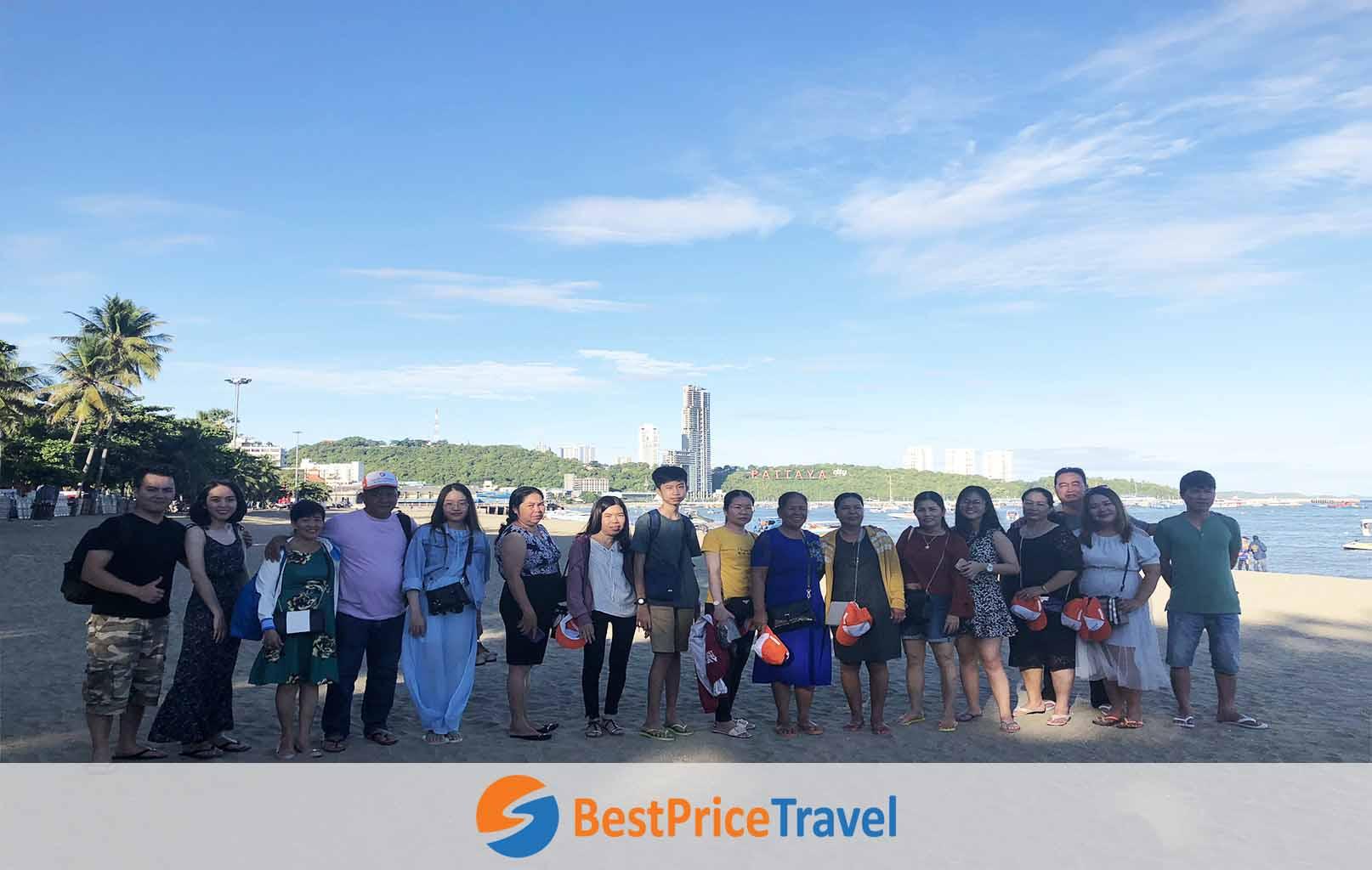 Hình ảnh khách hàng BestPrice tại Pattaya
